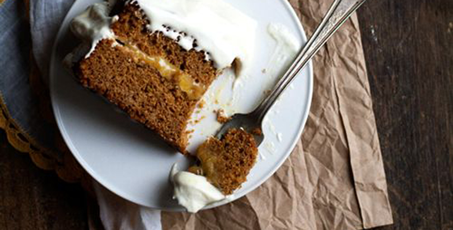 Gingerbread and Lemon Curd Cake | Campfire Marshmallows