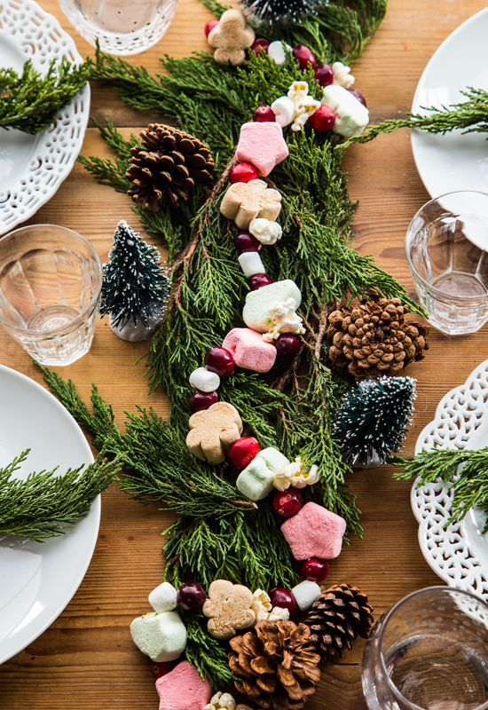Holiday Marshmallow Garland DIY