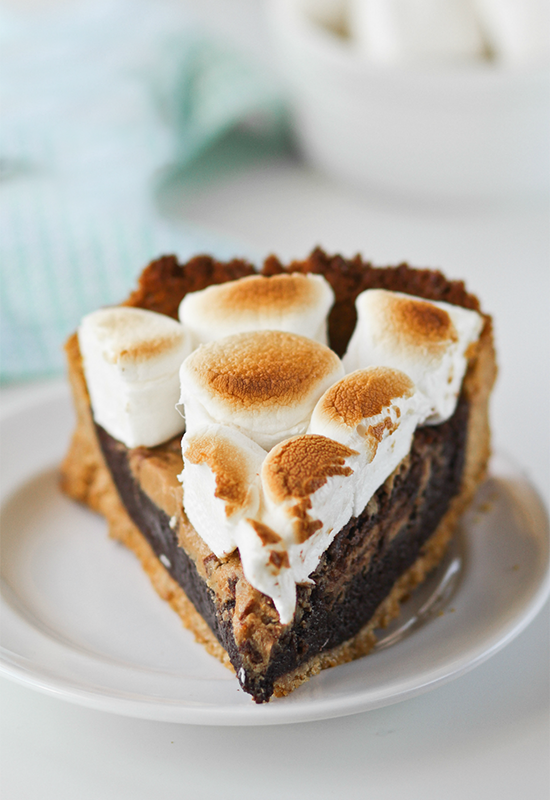 Peanut Butter Brownie S'mores Pie | Campfire Marshmallows