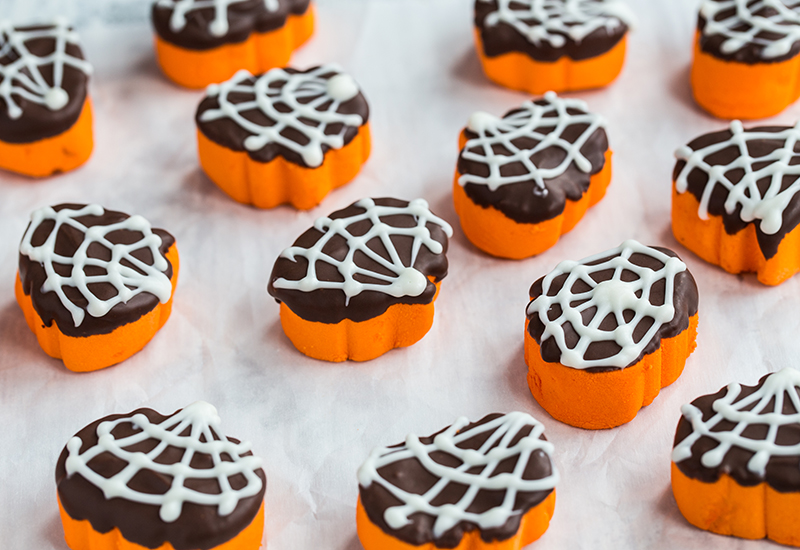 spider-dipped-hallow-mallows-4-of-5