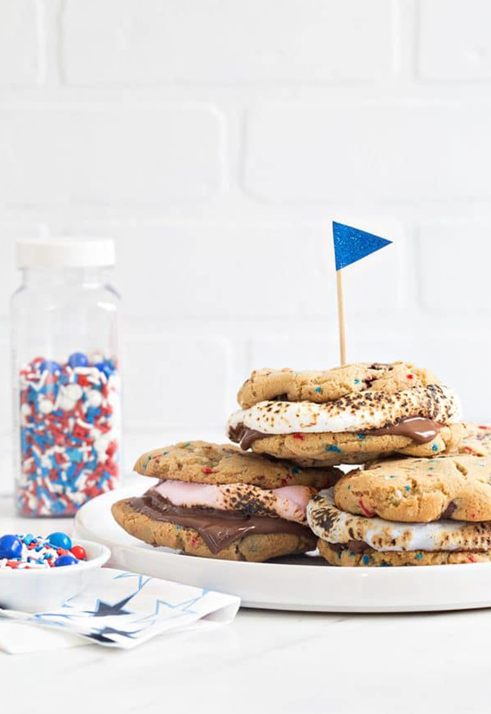 Recipe for Chocolate Chip Cookie S'mores