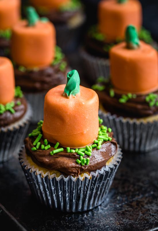 how to make Pumpkin Cupcake Toppers recipe