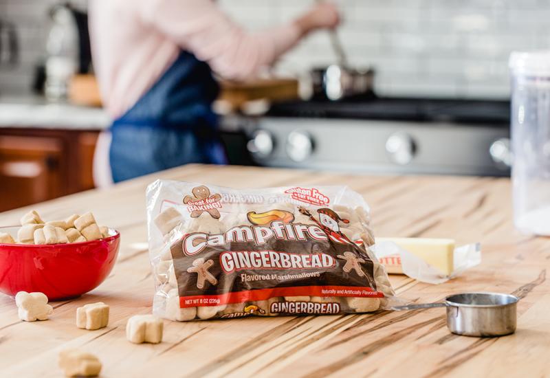 Campfire Gingerbread Marshmallows