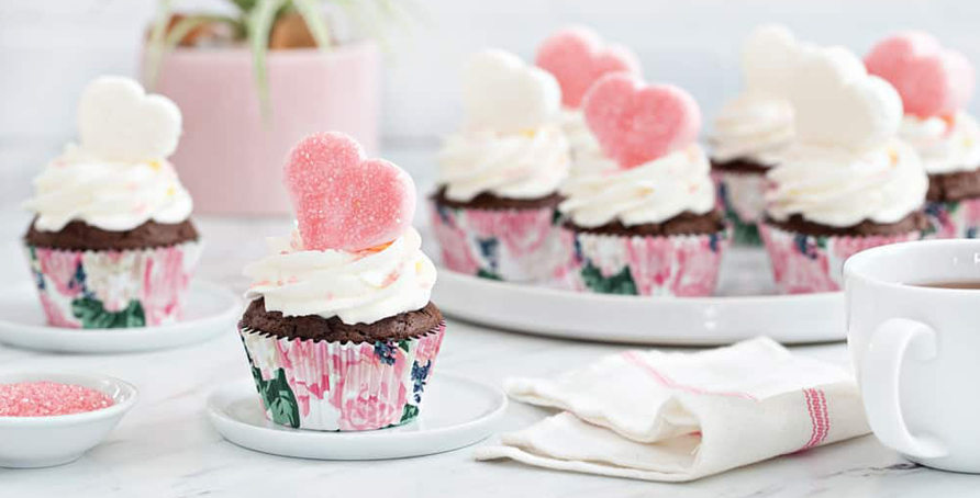 Marshmallow Cupcakes with hearts and sprinkles