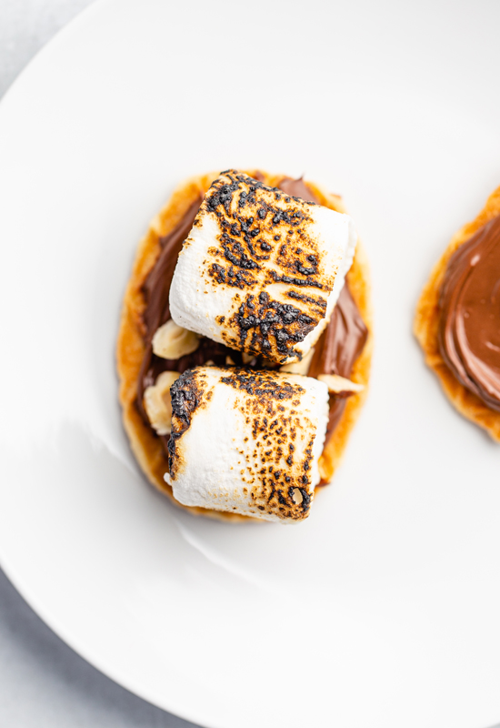Toasted Hazelnut S'mores with Nutella